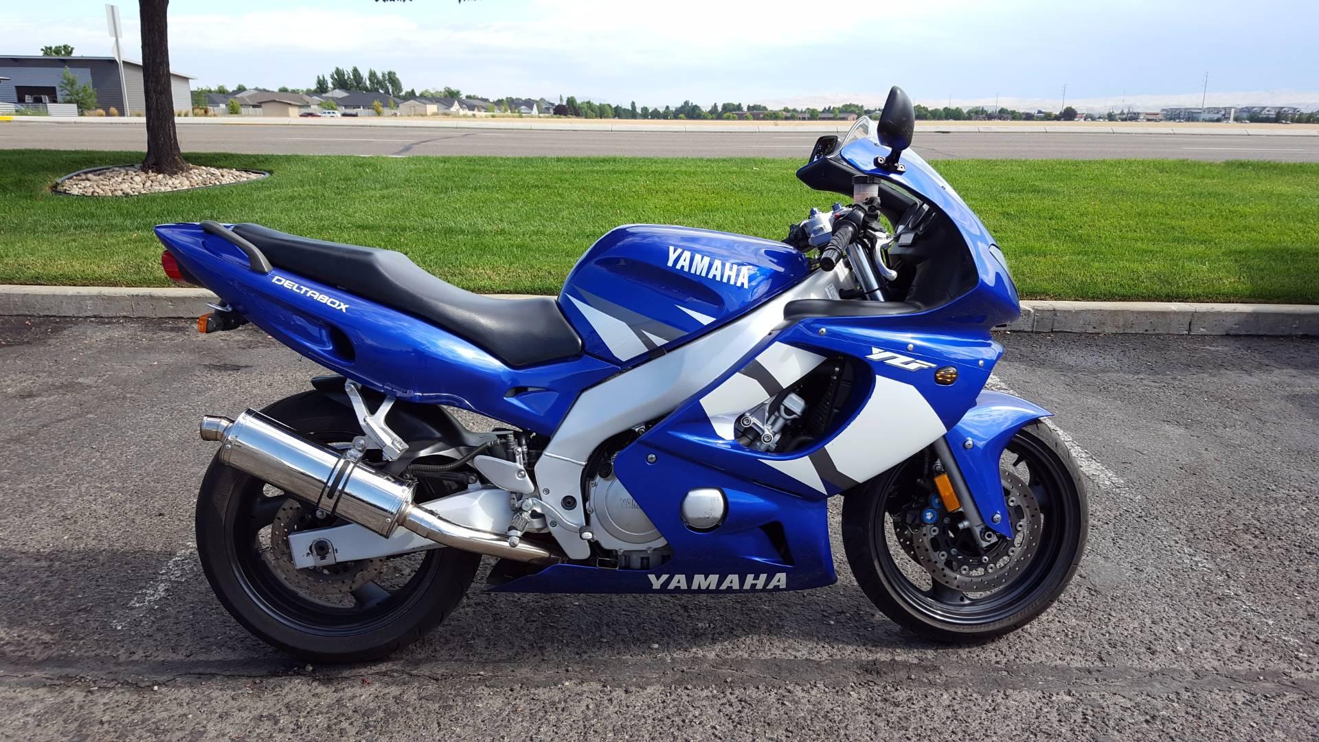 2002 YZF-600R