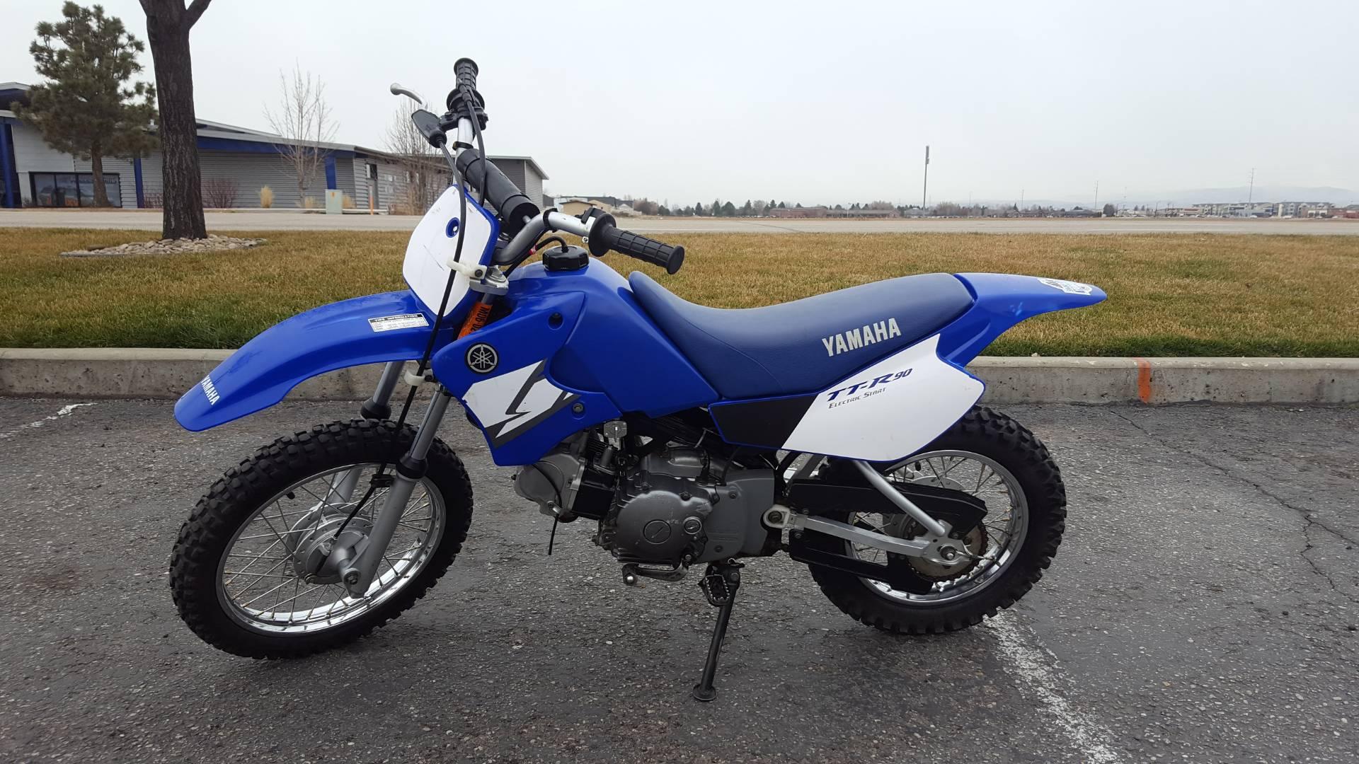 2004 TT-R90E