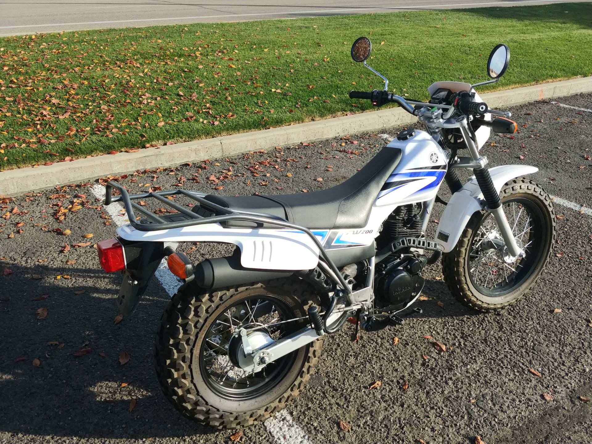 2012 Yamaha TW200 3