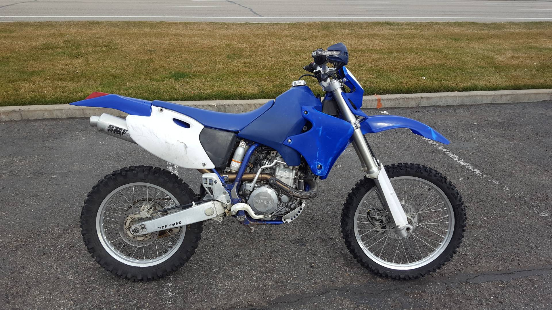 1998 WR 400
