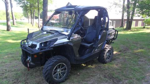 2012 Can-Am Commander™ 1000 LTD  in Baldwin, Michigan