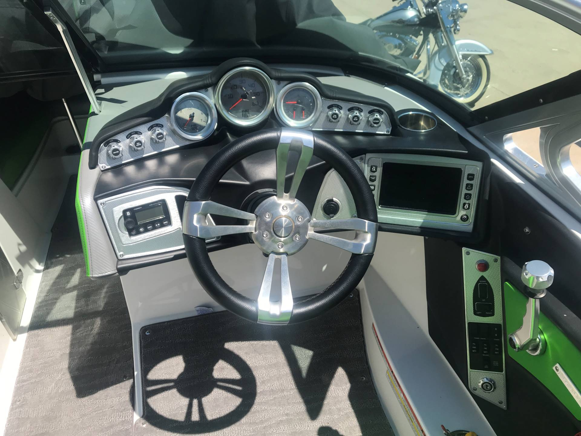 2014 Mastercraft X10 in Manitou Beach, Michigan