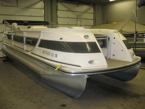 2005 Harris Flotebote Crowne 240 in Manitou Beach, Michigan