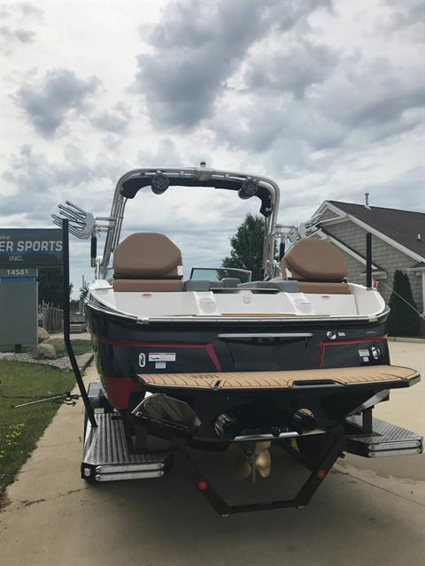 2017 Mastercraft X23 in Manitou Beach, Michigan