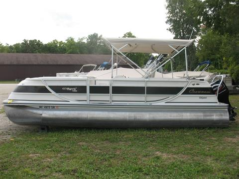 2005 Harris Flotebote Crown 240 in Manitou Beach, Michigan