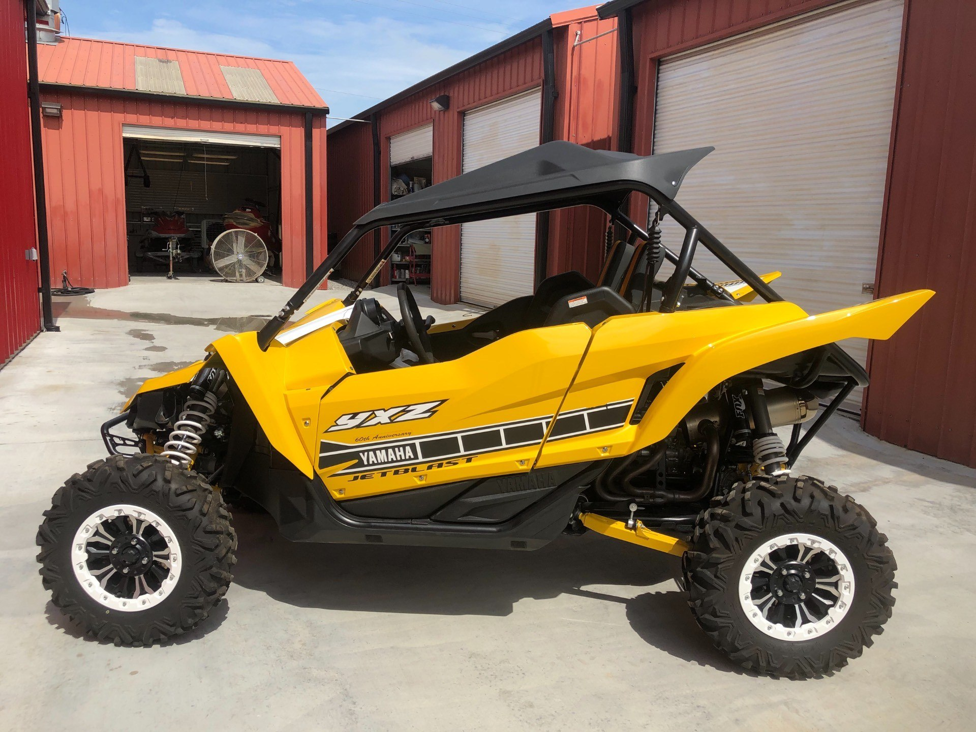 2016 Yamaha YXZ1000R SE in Gulfport, Mississippi - Photo 1