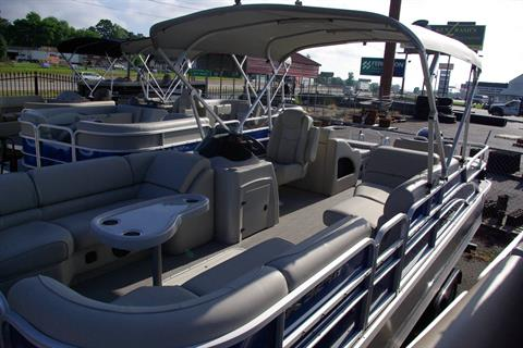 2016 SunCatcher X324 SS in Bryant, Arkansas