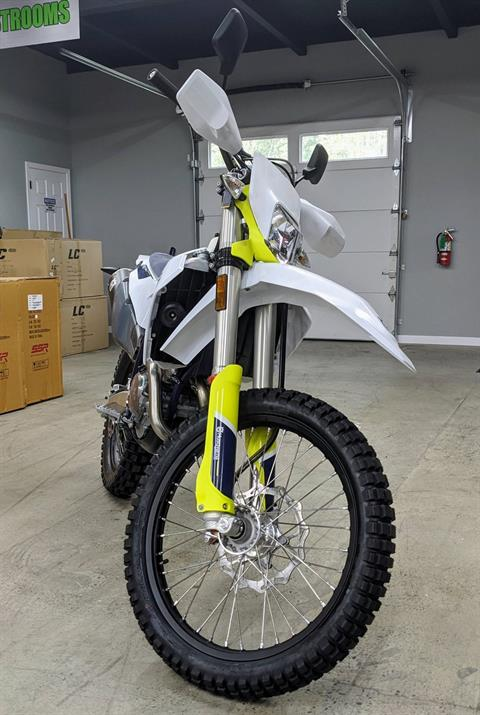 2021 Husqvarna FE 350s in Gresham, Oregon - Photo 1