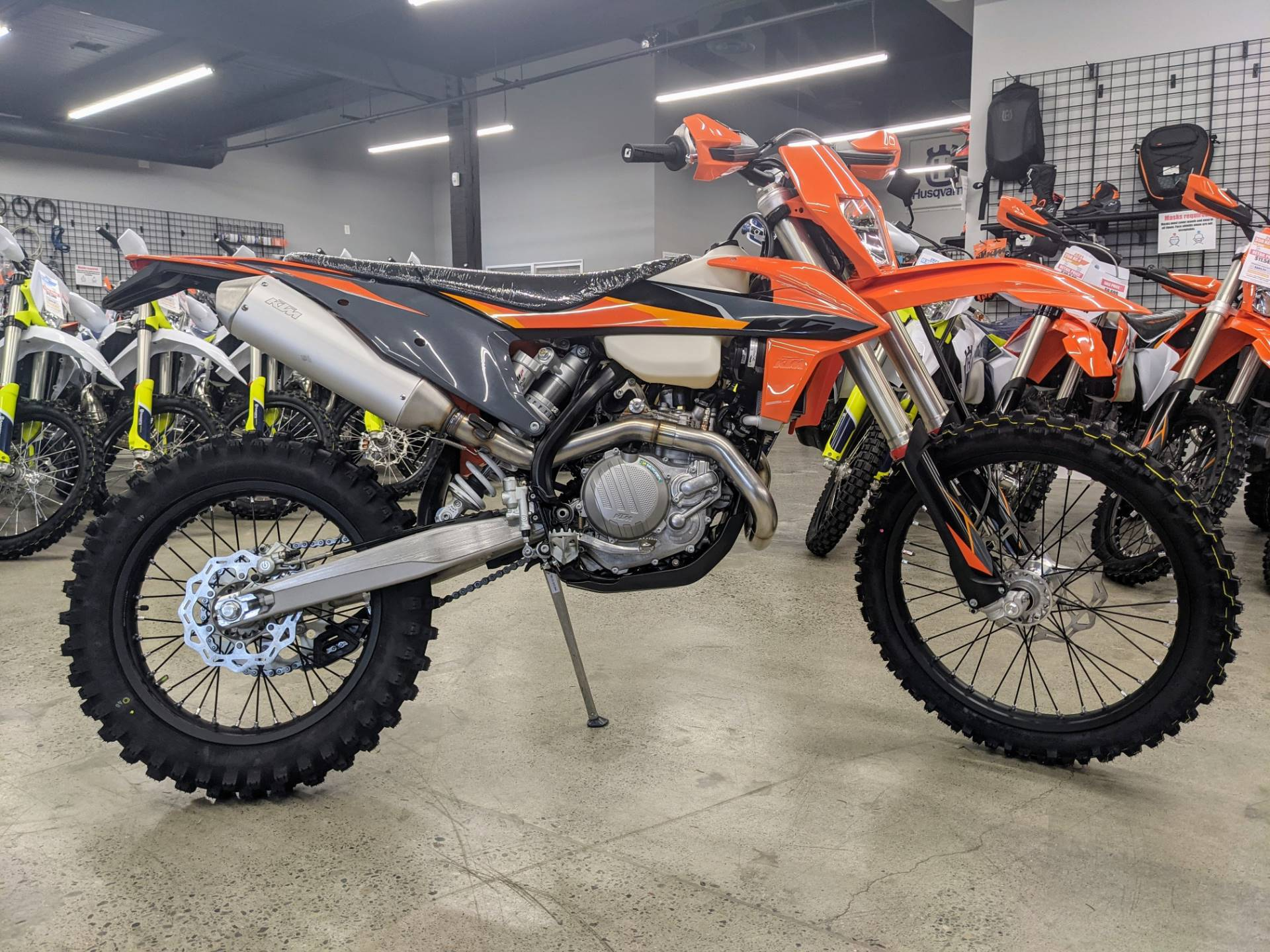 2021 KTM 500 XCF-W in Gresham, Oregon - Photo 2