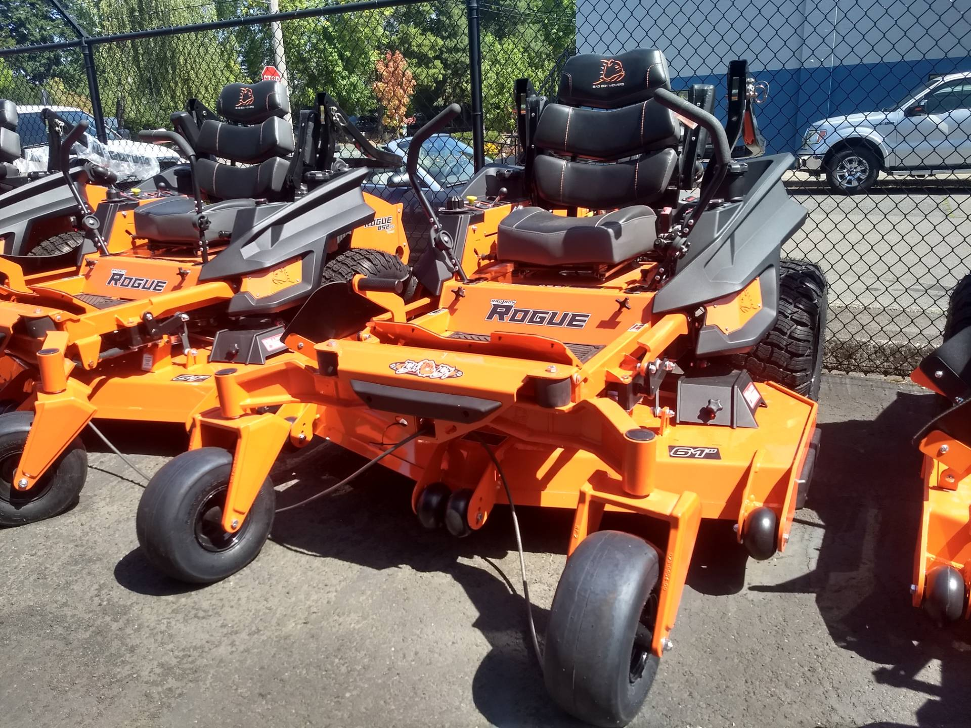 2019 Bad Boy Mowers Rogue 61 in. Kawasaki FX 852 cc in Gresham, Oregon - Photo 2