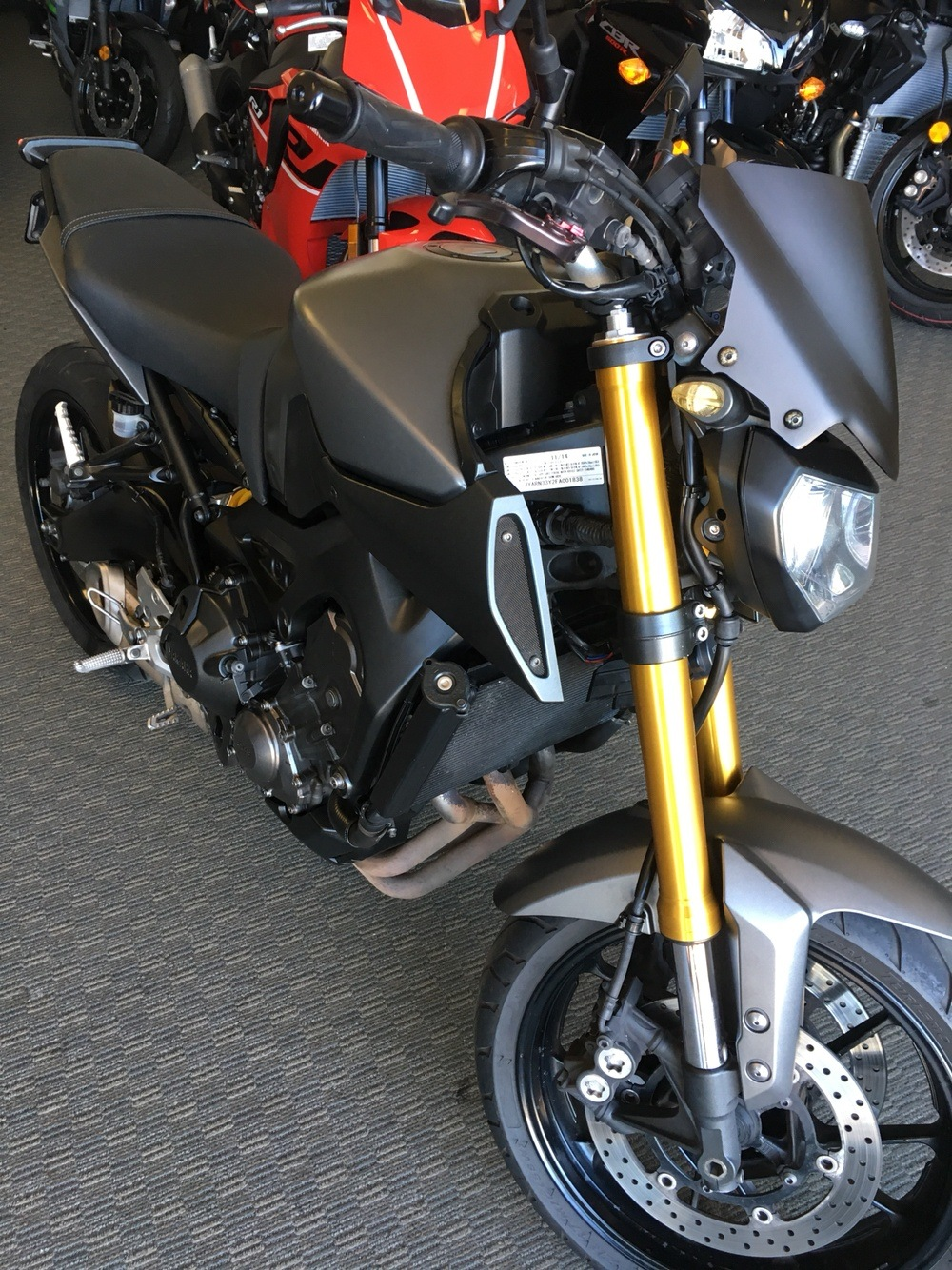 2015 Yamaha FZ-09 in San Jose, California - Photo 2