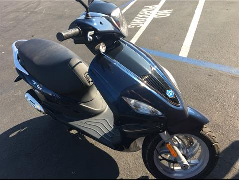 2017 Piaggio FLY 150 3V in San Jose, California