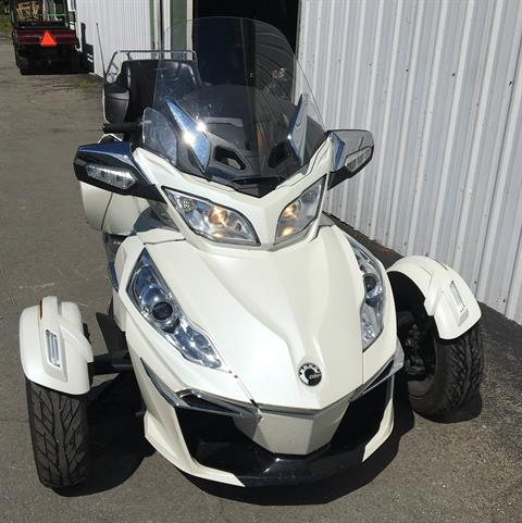 2016 Can-Am Spyder RT Limited in Walton, New York