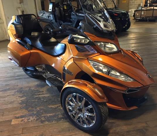 2014 Can-Am Spyder® RT Limited in Walton, New York