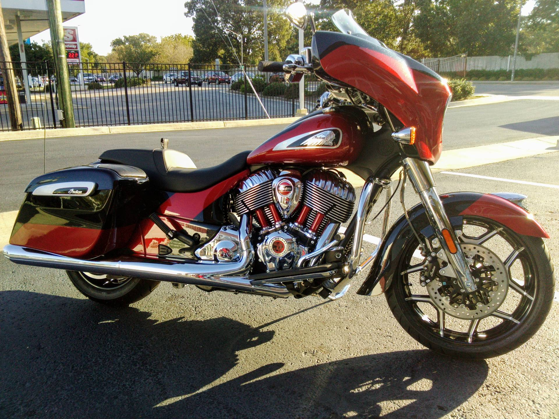 2020 Indian Chieftain® Elite in Newport News, Virginia - Photo 1