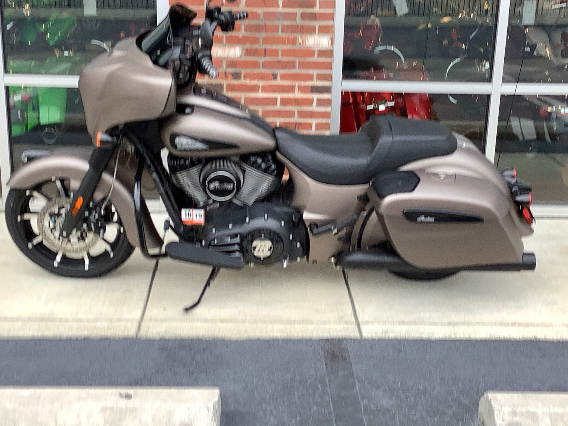 2019 Indian Chieftain® Dark Horse® ABS in Newport News, Virginia - Photo 2