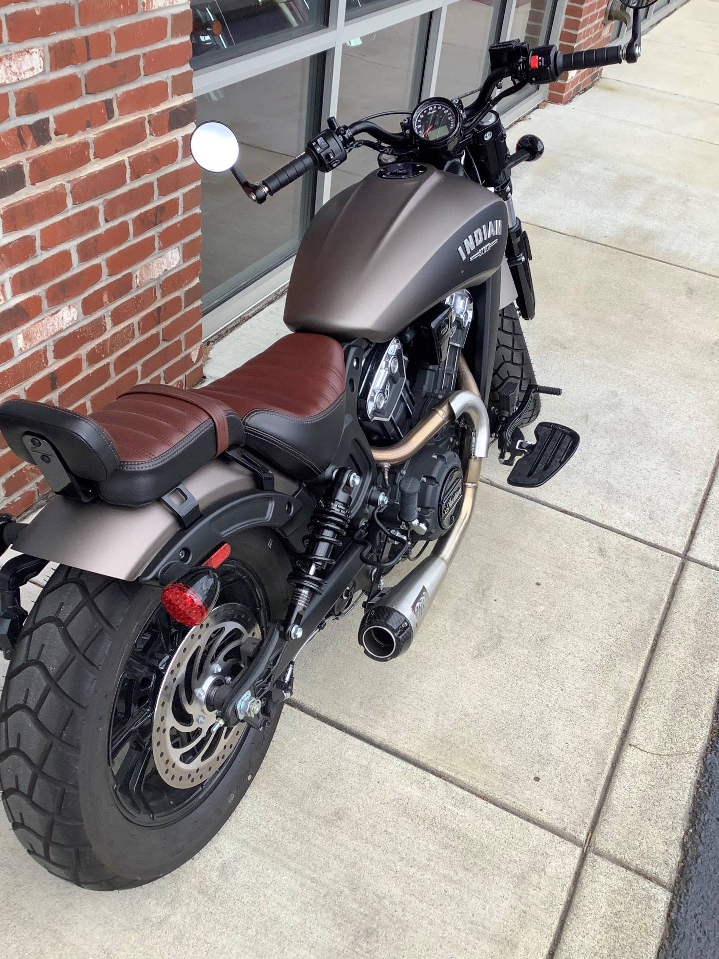 2018 Indian Scout® Bobber in Newport News, Virginia - Photo 4
