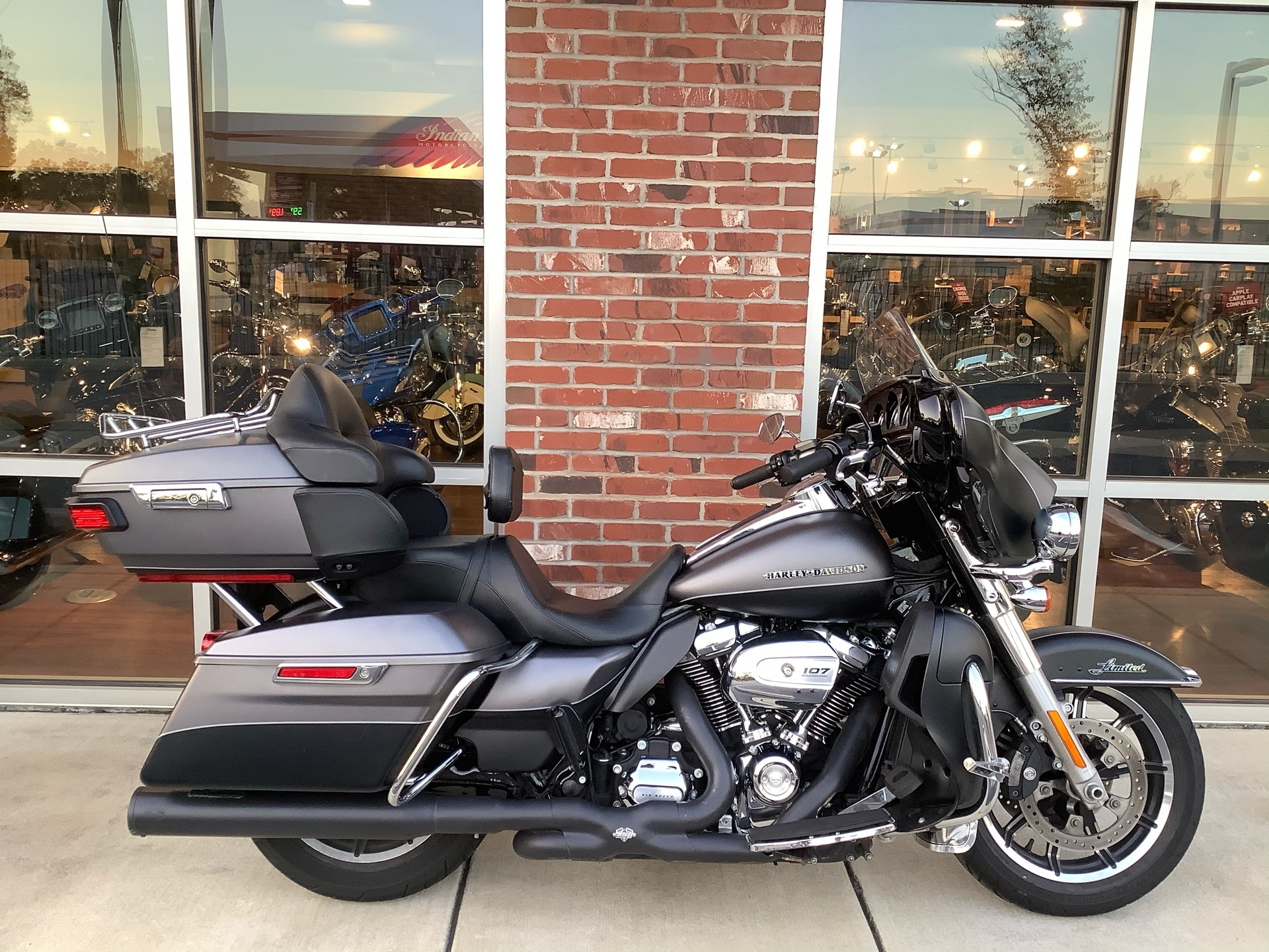 2017 Harley-Davidson Ultra Limited Low in Newport News, Virginia - Photo 1