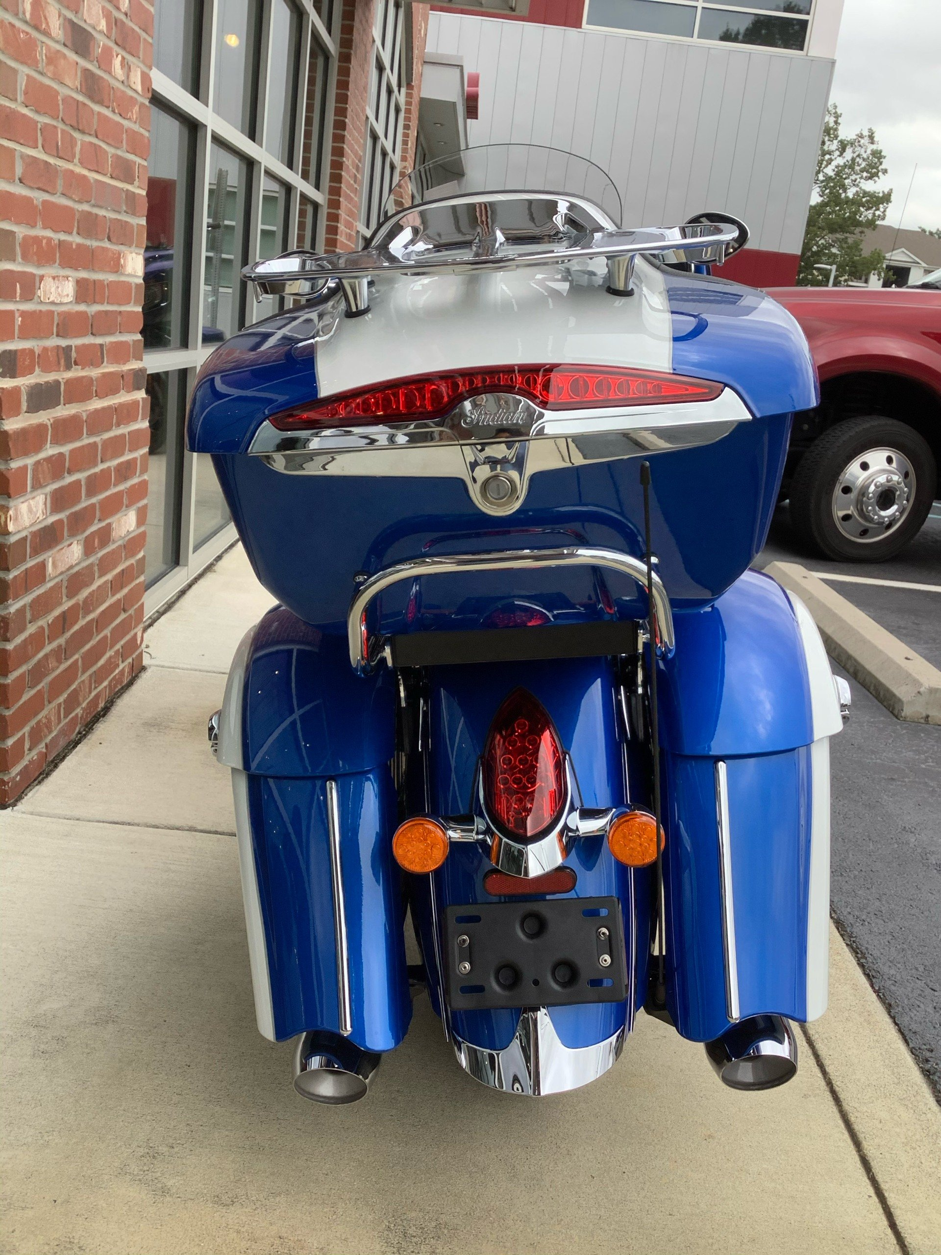 2020 Indian Roadmaster® Icon Series in Newport News, Virginia - Photo 6