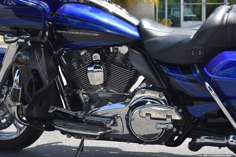 2015 Harley-Davidson CVO™ Road Glide® Ultra in Moorpark, California