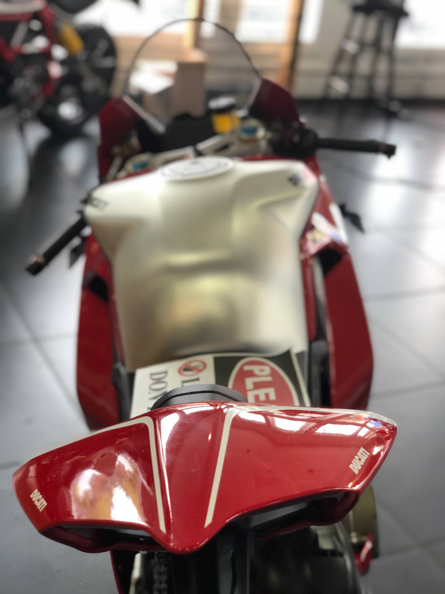 2019 Ducati Panigale V4 R in Fort Montgomery, New York - Photo 6