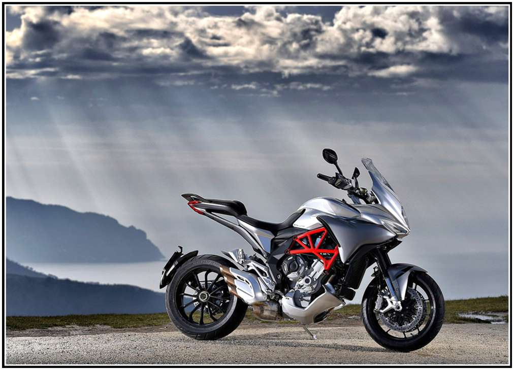 2016 MV Agusta Turismo Veloce 800 - Silver / Avio Grey in Fort Montgomery, New York