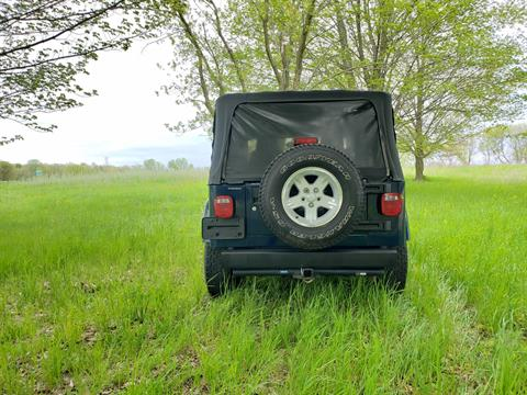 2006 Jeep Wrangler Unlimited 2dr SUV 4WD in Big Bend, Wisconsin - Photo 18