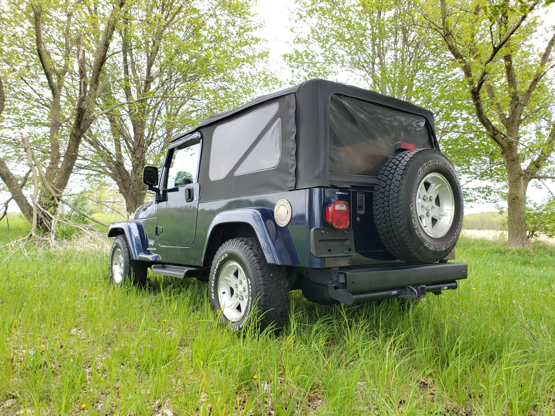 2006 Jeep Wrangler Unlimited 2dr SUV 4WD in Big Bend, Wisconsin - Photo 4