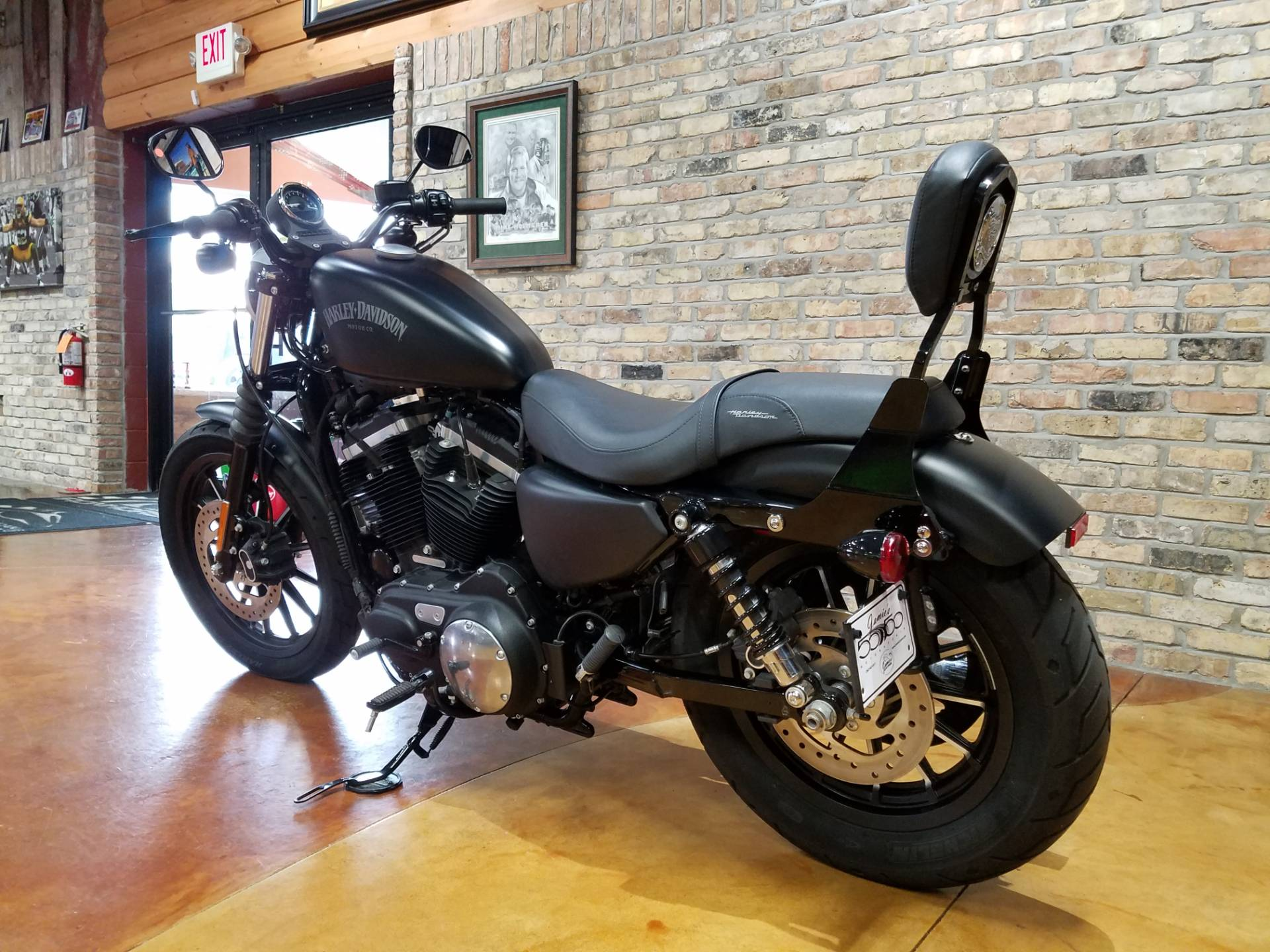 2015 Harley-Davidson Iron 883™ in Big Bend, Wisconsin - Photo 25