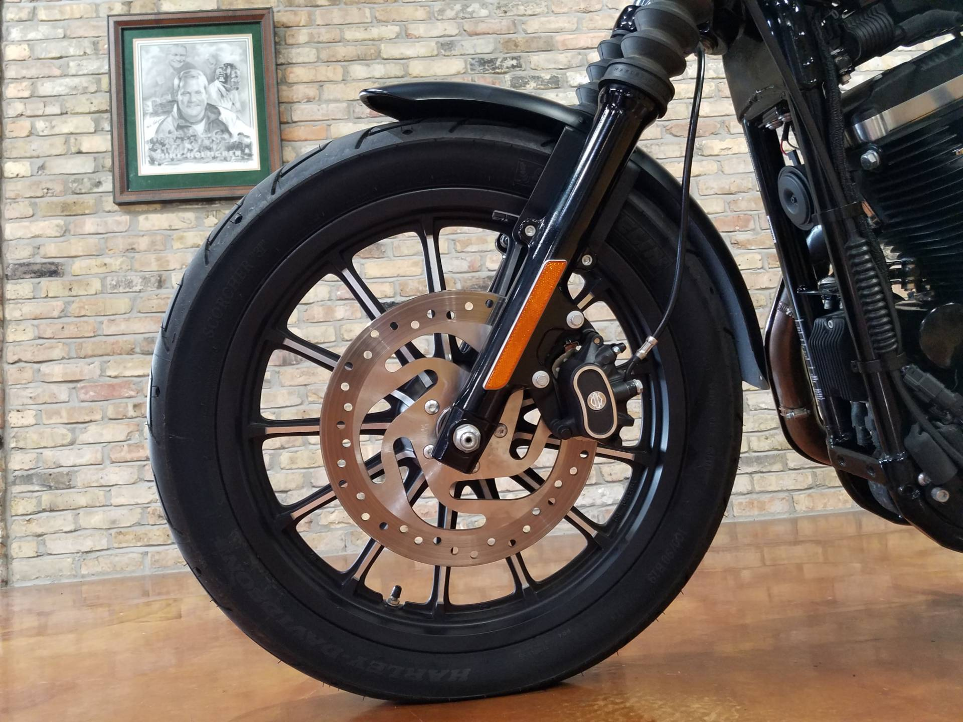2015 Harley-Davidson Iron 883™ in Big Bend, Wisconsin - Photo 28