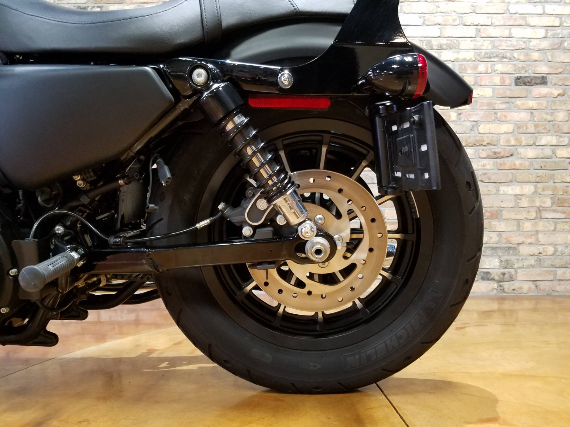 2015 Harley-Davidson Iron 883™ in Big Bend, Wisconsin - Photo 37