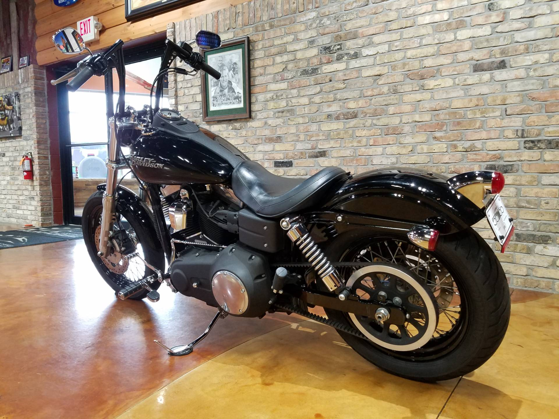 2011 Harley-Davidson Dyna® Street Bob® in Big Bend, Wisconsin - Photo 30