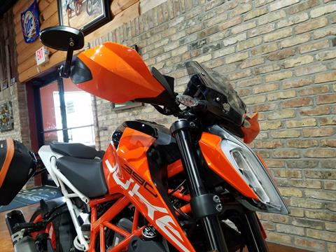 2018 KTM 390 Duke in Big Bend, Wisconsin - Photo 14