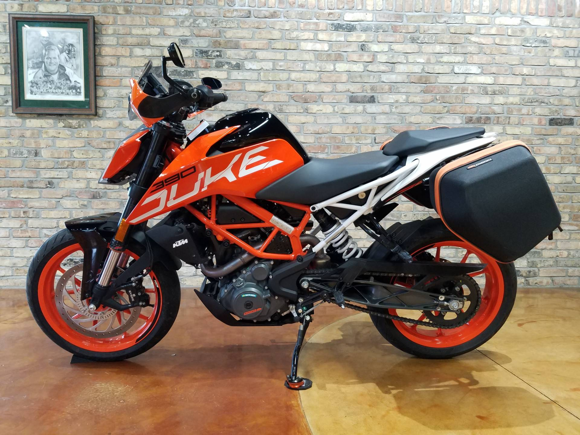 2018 KTM 390 Duke in Big Bend, Wisconsin - Photo 26