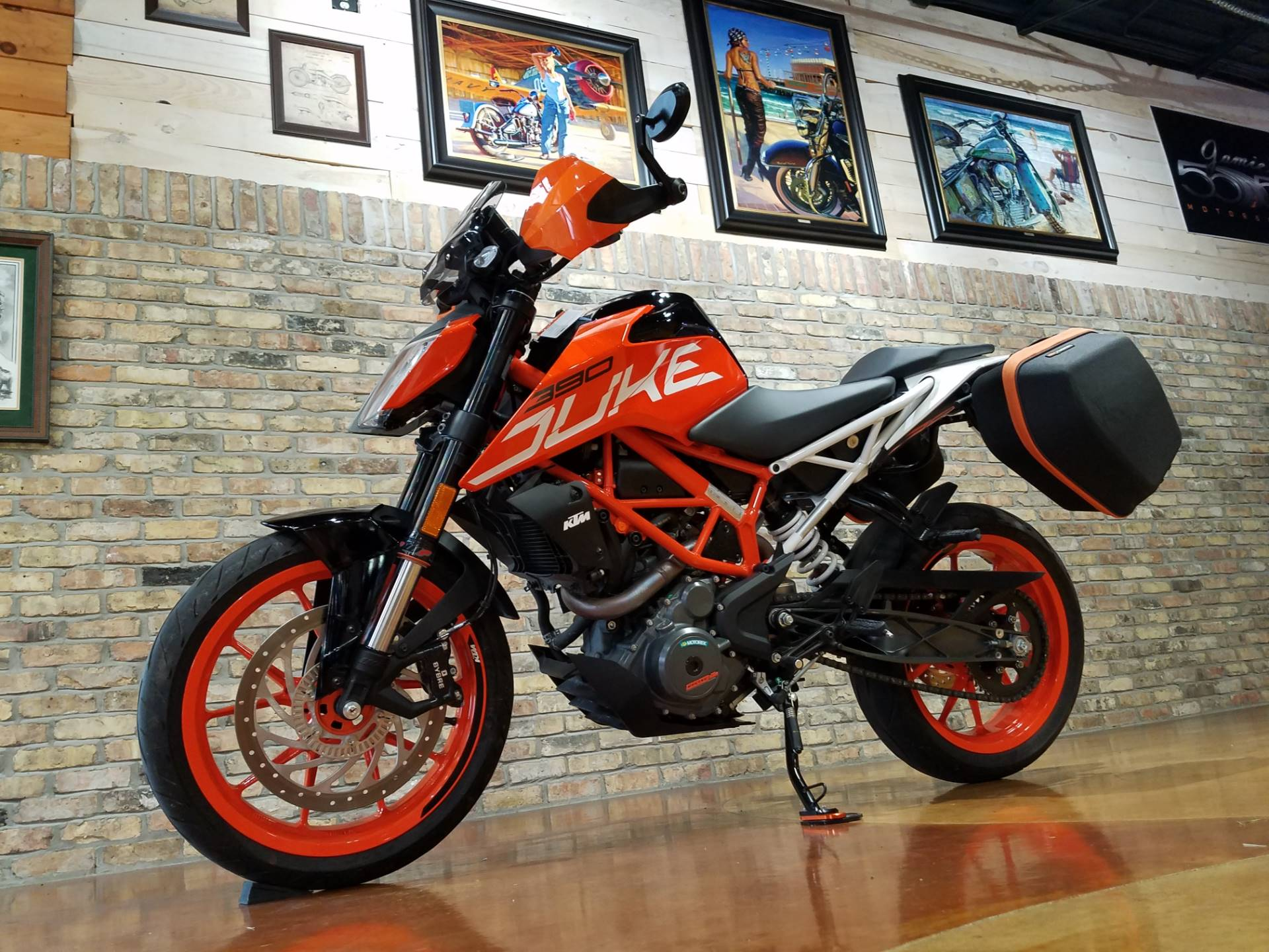 2018 KTM 390 Duke in Big Bend, Wisconsin - Photo 29