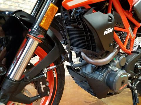 2018 KTM 390 Duke in Big Bend, Wisconsin - Photo 31