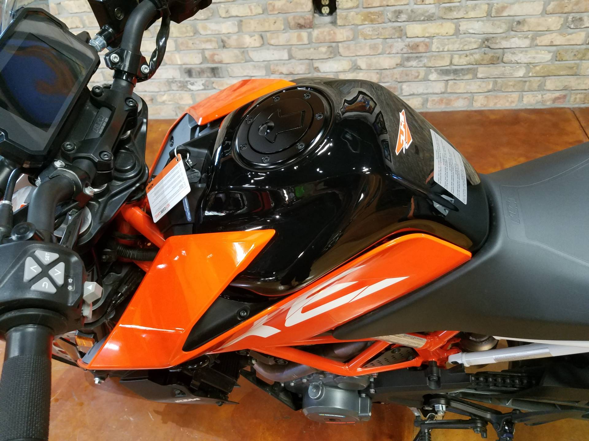 2018 KTM 390 Duke in Big Bend, Wisconsin - Photo 46