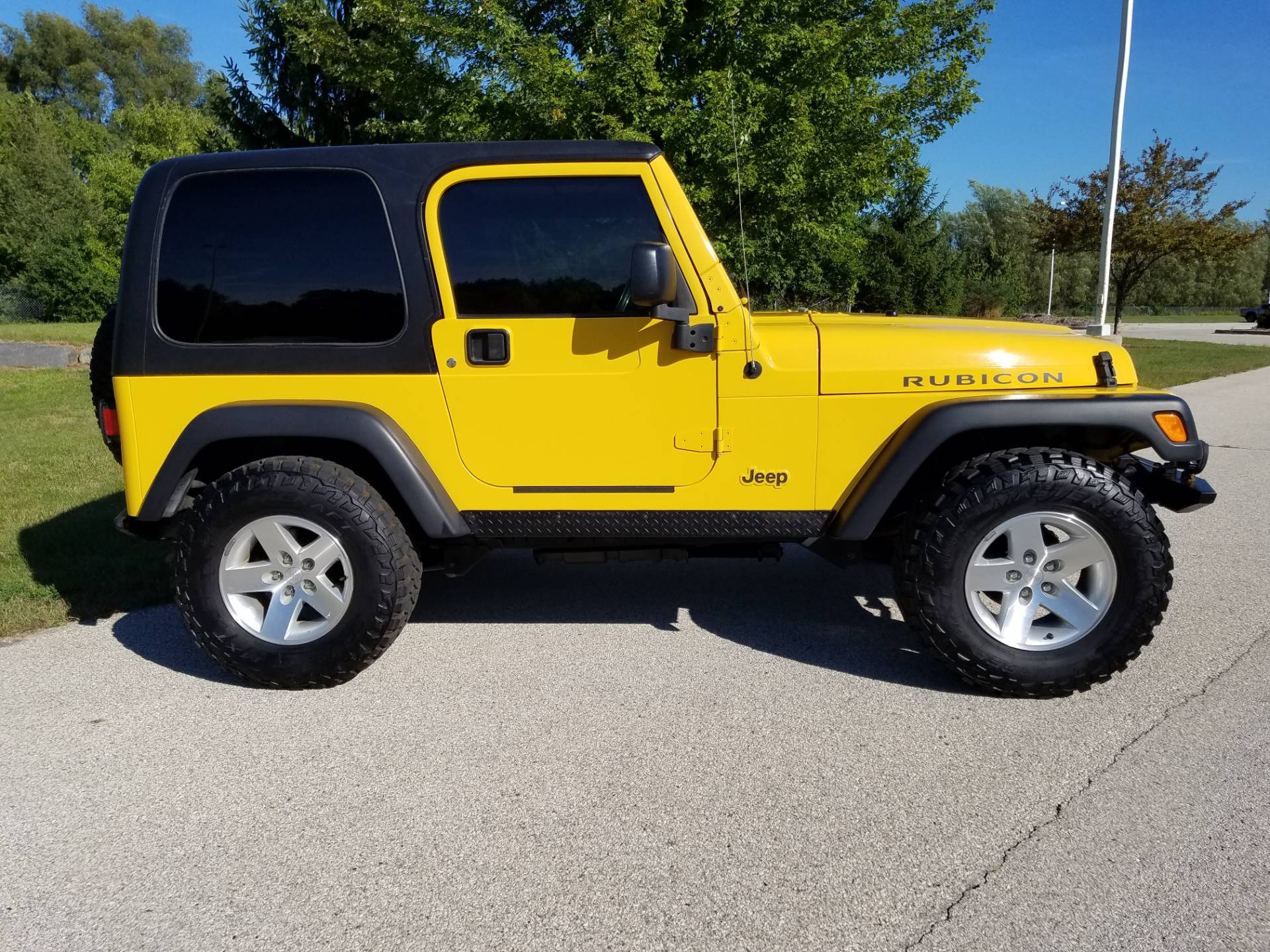 2004 Jeep® Wrangler Rubicon in Big Bend, Wisconsin - Photo 2