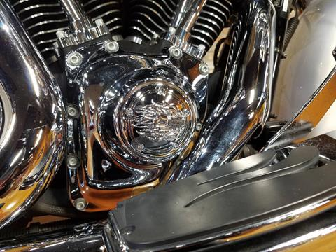 2009 Harley-Davidson Road King® in Big Bend, Wisconsin - Photo 11