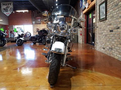 2009 Harley-Davidson Road King® in Big Bend, Wisconsin - Photo 17