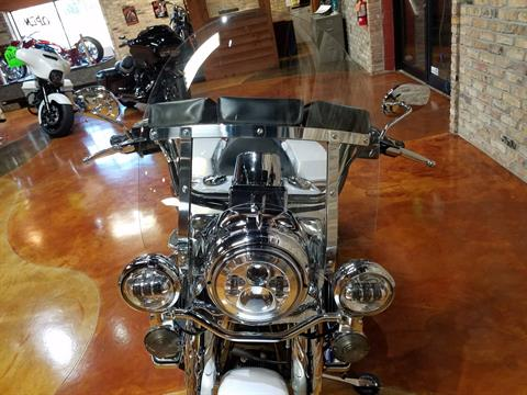 2009 Harley-Davidson Road King® in Big Bend, Wisconsin - Photo 19