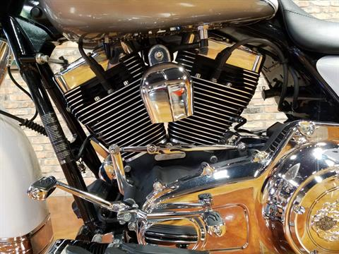2009 Harley-Davidson Road King® in Big Bend, Wisconsin - Photo 37