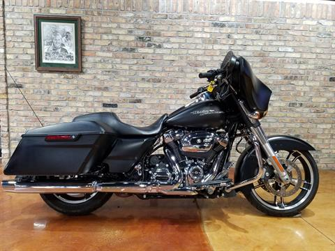 2017 Harley-Davidson Street Glide® Special in Big Bend, Wisconsin - Photo 55