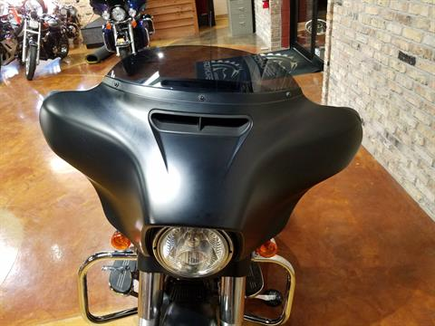 2017 Harley-Davidson Street Glide® Special in Big Bend, Wisconsin - Photo 18