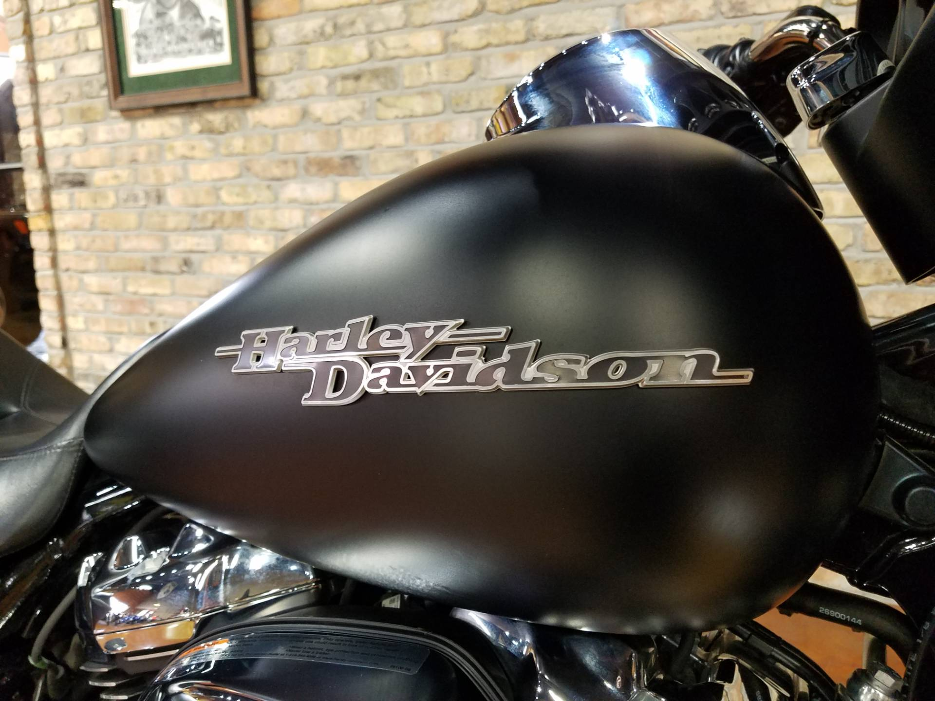 2017 Harley-Davidson Street Glide® Special in Big Bend, Wisconsin - Photo 24