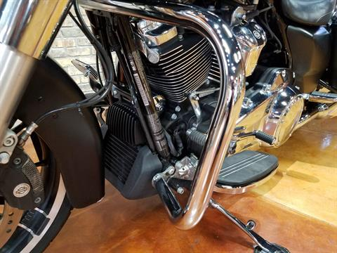 2017 Harley-Davidson Street Glide® Special in Big Bend, Wisconsin - Photo 33