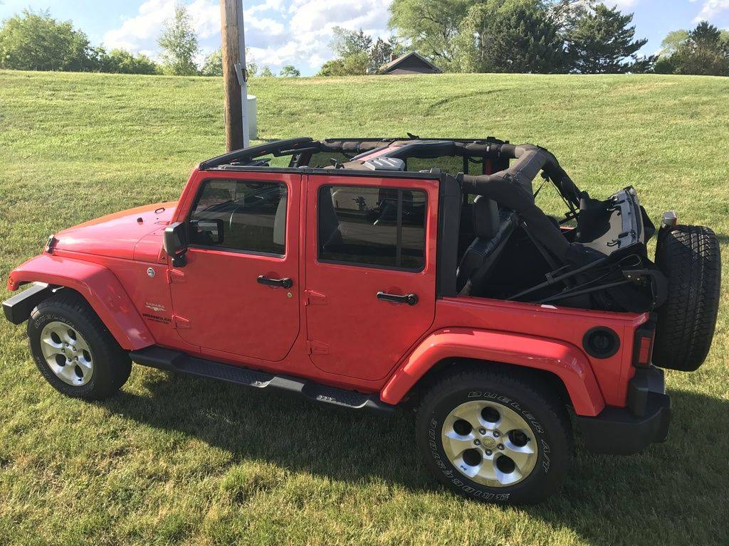 2013 Jeep Wrangler Unlimited Sahara in Big Bend, Wisconsin - Photo 2