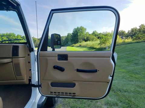1997 Jeep Wrangler Sport 2dr 4WD SUV in Big Bend, Wisconsin - Photo 66