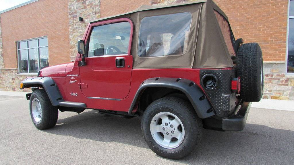 1999 Jeep Wrangler Sport in Big Bend, Wisconsin - Photo 20