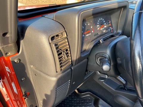 2005 Jeep® Wrangler X in Big Bend, Wisconsin - Photo 65